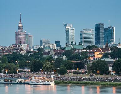 Wojewoda wstrzymał uchwałę ws. referendum w Warszawie. Akcja...
