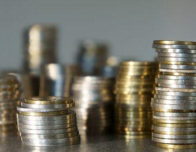 Bank Centralny Rosji obliżył stopę procentową. Rubel mocno w dół