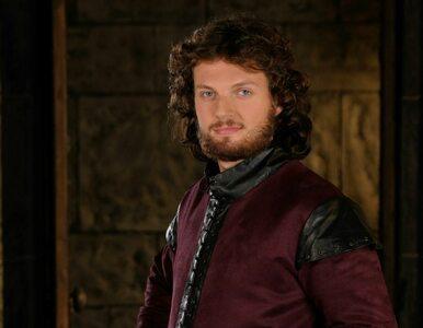"""Kolejny aktor odchodzi z """"Korony Królów"""". Znamy powody"""