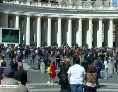 Z obawy przed koronawirusem papież odprawił modlitwę Anioł Pański bez...