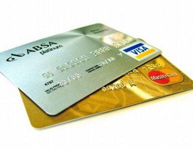 Korzystanie z kart będzie tańsze? KE obniża opłaty
