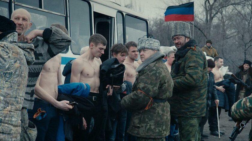 """kadr z filmu """"Donbass"""" (2018)"""