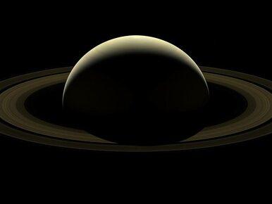 """Niezwykła fotografia NASA. """"Pożegnanie z Saturnem"""""""