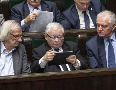 Kaczyński ściągnął cugle działaczom, Hołownia może stworzyć koło w...
