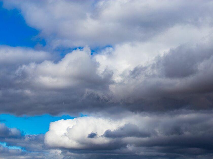 Chmury, zdj. ilustracyjne