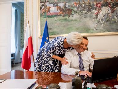 """Zdjęcie zakochanej pary prezydenckiej obiegło media. """"Krótka chwila dla..."""