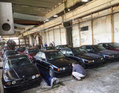 W opuszczonym magazynie odkryto 25-letnie, nieużywane samochody BMW. To...