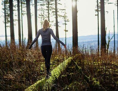 Spacery medytacyjne – czym są i jakie płyną z nich korzyści?
