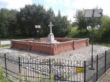 Pojawi się dojście do najbardziej niedostępnego cmentarza w Warszawie....