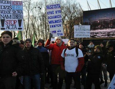"""""""Wczoraj Moskwa dziś Bruksela wolność słowa nam odbiera"""". Sto osób..."""