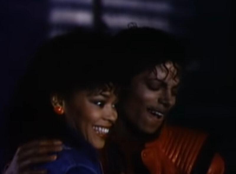 "Ola Ray w teledysku do piosenki ""Thriller"" Michaela Jacksona"