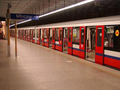 Wypadek na stacji warszawskiego metra. Pociąg potrącił mężczyznę