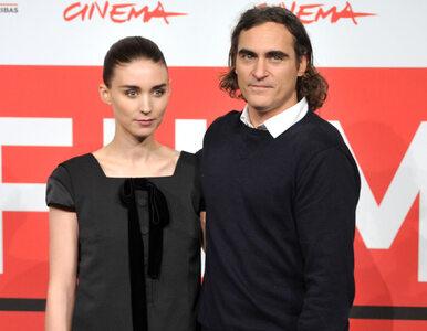 Rooney Mara i Joaquin Phoenix zostali rodzicami! Ich syn dostał imię po...