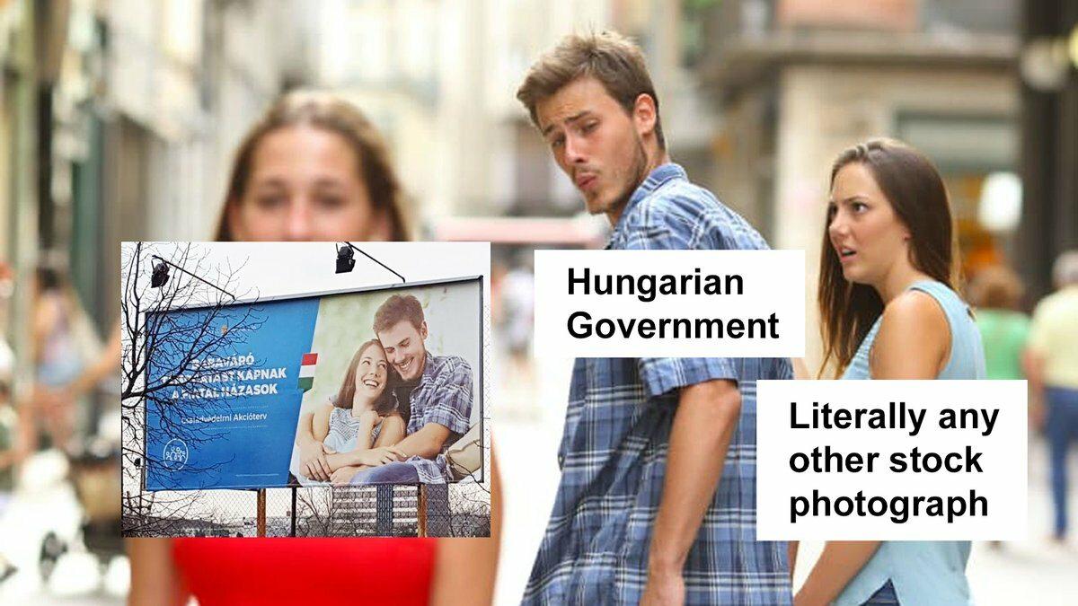 Węgierski mem z rozkojarzonym chłopakiem - reakcja na wpadkę partii rządzącej
