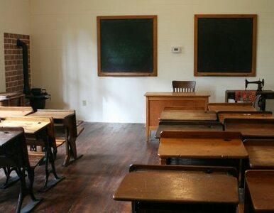 10 proc. nauczycieli straci pracę, bo uczniów jest coraz mniej