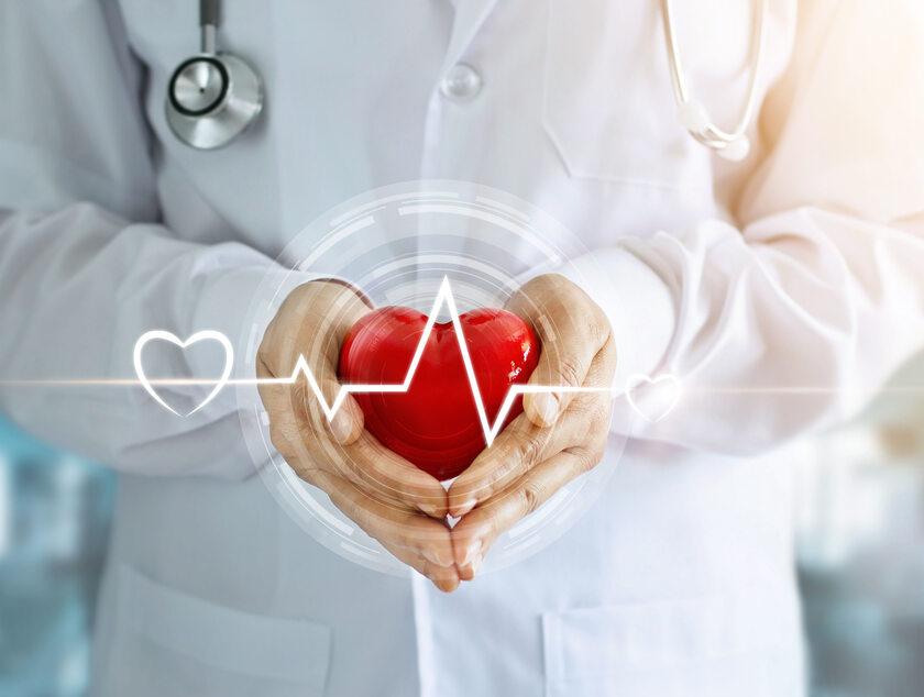 Serce, lekarz (zdj. ilustracyjne)