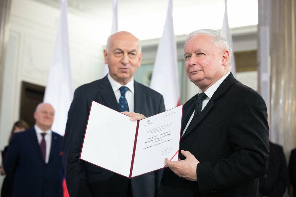 Jarosław Kaczyński przyjmuje nominację poselską