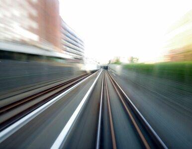 Łódzkie: 14-latek wjechał pod pociąg. Żyje