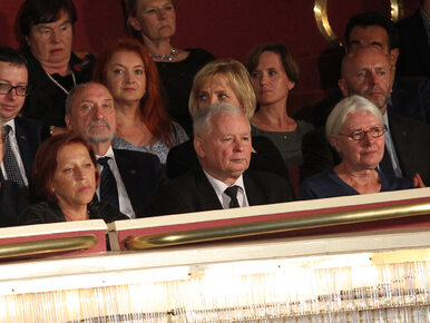 """Kaczyński zachęca Polaków do obejrzenia """"Smoleńska"""". """"To jest film,..."""