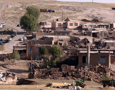 Iran: 306 osób zginęło w wyniku trzęsienia ziemi