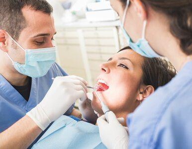 Tylko co trzeci Polak korzysta z dentysty na NFZ. Dlaczego?
