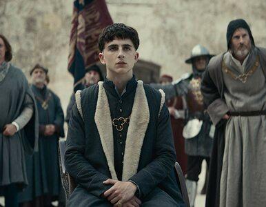 "Netflix pokazał zwiastun filmu ""Król"". Timothée Chalamet jako Henryk V"