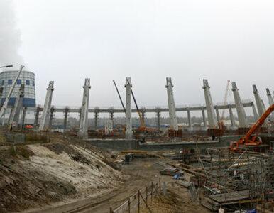 TAURON: betonowanie fundamentów maszynowni i kotłowni bloku 910 MW...