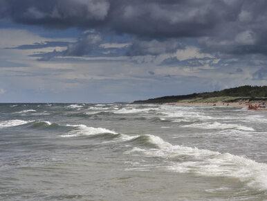 Darłówko. Nie żyje 14-latek, którego porwały morskie fale