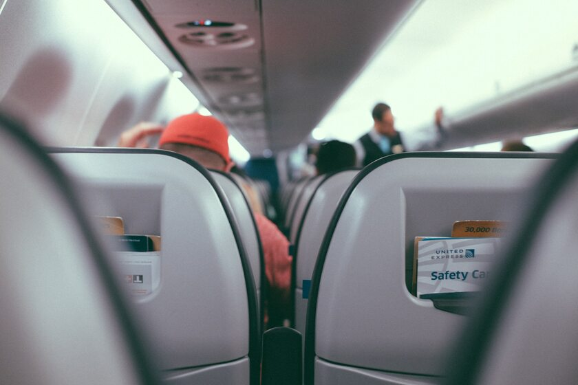 Samolot, pasażerowie - zdjęcie ilustracyjne