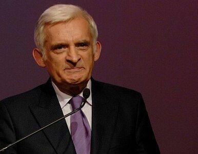 Buzek: likwidacja OFE? To nie wchodzi w grę