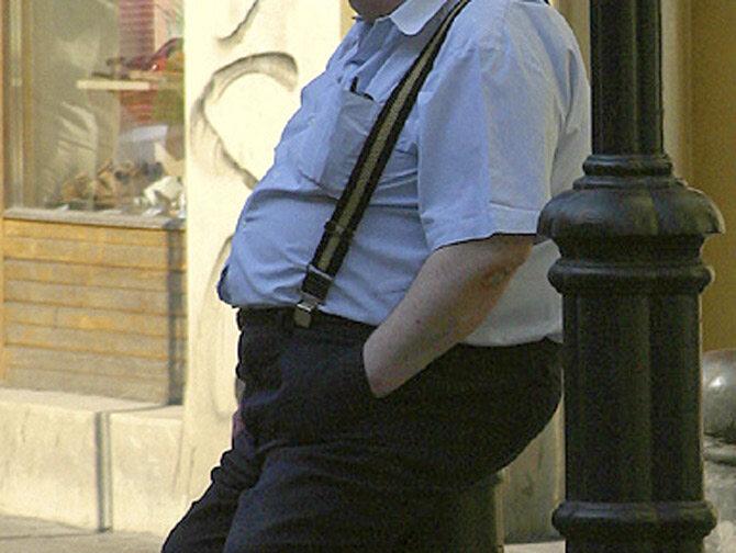 Na całym świecie coraz bardziej przybywa otyłych ludzi