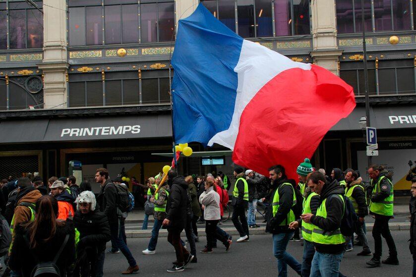 """Demonstracja """"żółtych kamizelek"""""""