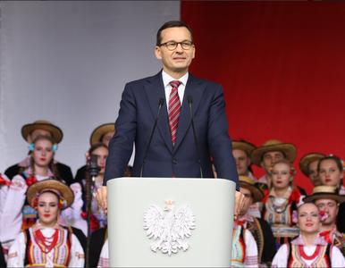 """Premier Morawiecki świętował z rolnikami. """"Polska wieś wstaje z kolan"""""""