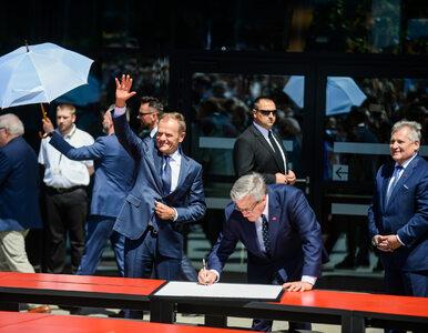 """Donald Tusk i byli polscy prezydenci podpisali """"Deklarację Wolności i..."""