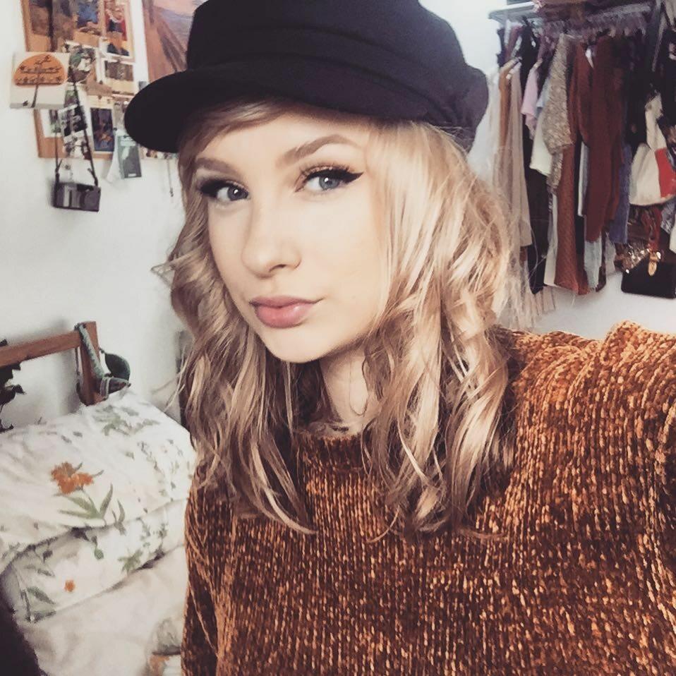 6. Laura Cadman – sobowtórka Taylor Swift
